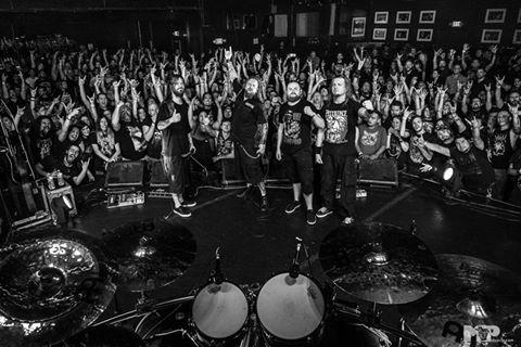 A banda em uma apresentação nos EUA (Foto: divulgação)