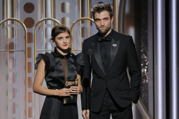 Emma Watson e Robert Pattinson no Globo de Ouro 2018 (Foto: getty)