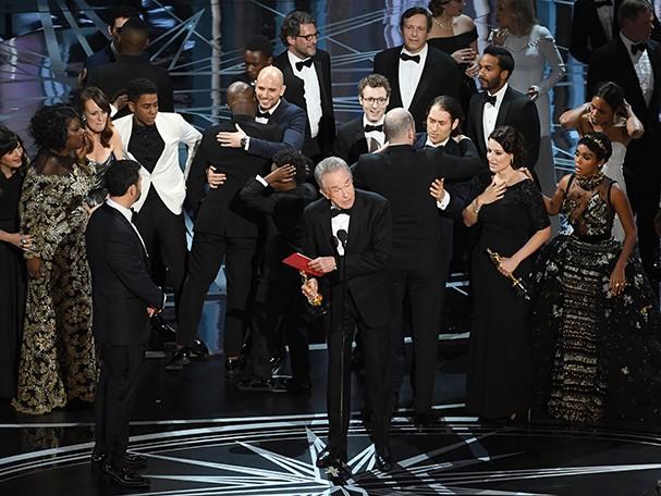 Warren Beatty esclarece o erro do anúncio de Melhor Filme no Oscar em 2017 (Foto: Getty Images)