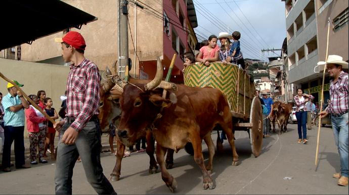 Fomos até Iúnaconferir a Festa do Carro de Boi (Foto: Divulgação / TV Gazeta ES)