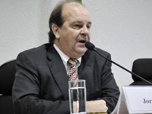 O ex-diretor internacional da Petrobras Jorge Zelada presta depoimento a CPI no Senado (Foto: Geraldo Magela/Agência Senado)