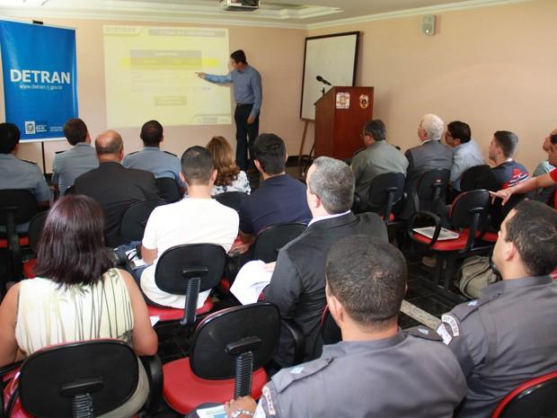 Reunião Detran (Foto: Sebastião Gomes)