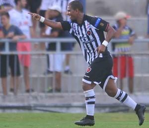 Muller Fernandes Botafogo-PB (Foto: Aldo Carneiro / Pernambuco Press)