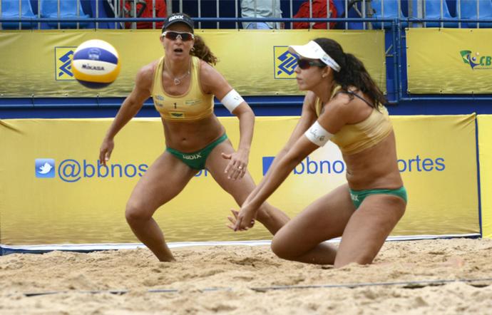 Larissa e Talita venceram Ágatha e Bárbara Seixas para chegar na decisão (Foto: Divulgação)