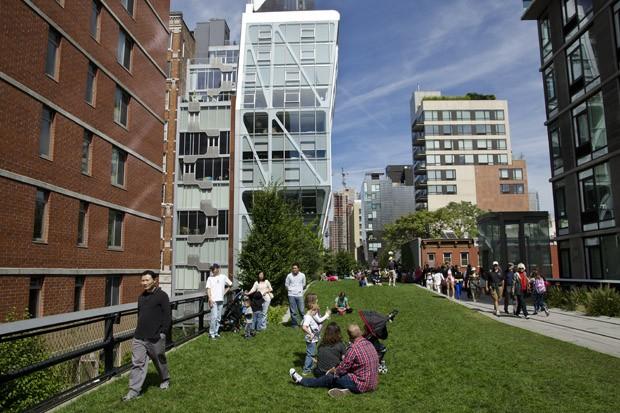 Hoje, o elevado no bairro Chelsea é um lugar de passeio para o nova-iorquino (Foto:  © Haroldo Castro/Época )