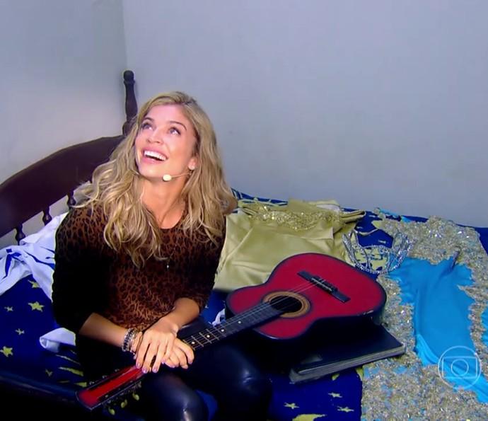 Grazi fica maravilhada com a surpresa do 'Caldeirão' (Foto: TV Globo)