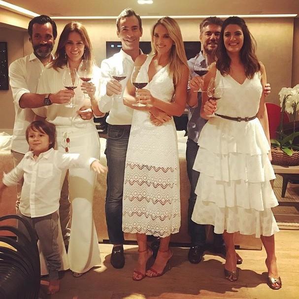 Ticiane Pinheiro, Cesar Tralli e família (Foto: Instagram/Reprodução)