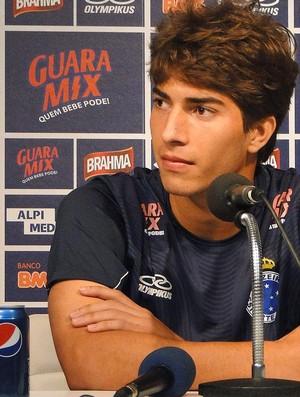 Lucas Silva, jovem jogador do Cruzeiro (Foto: Leonardo Simonini / Globoesporte.com)