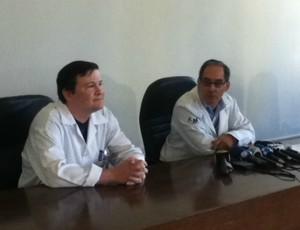 Medicos hospital de base Brasilia (Foto: Fabrício Marques/Globoesporte.com)