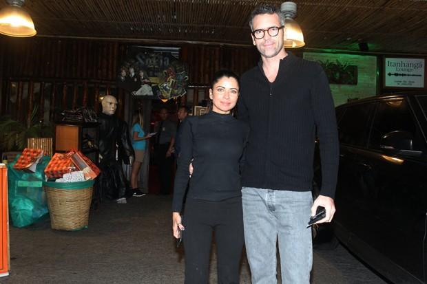 Ana Lima e o namorado Leonardo Motta (Foto: AG NEWS)