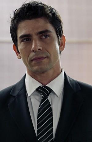 Lucci Ferreira na pele de Antonio (Foto: Gshow)