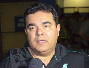 eduardo medeiros, presidente do treze (Foto: Silas Batista / Globoesporte.com/pb)