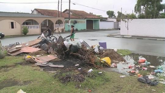 Iguape tem problemas na coleta de lixo e servidores mantém greve