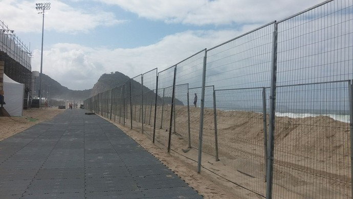 Ressaca Praia de Copacabana arena vôlei de praia (Foto: Gabriele Lomba)