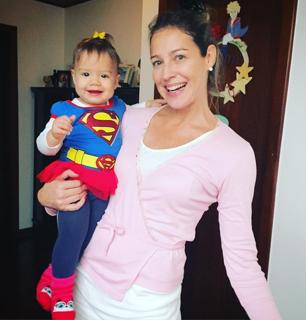 Luana Piovani e a filha, Liz, dão show de fofura na web e arrancam elogios