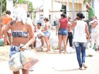Mulheres levam comida para presos, mas Sejuc veta entrada em Alcaçuz