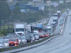 Estradas de todo o Brasil enfrentam congestionamento na volta do feriado