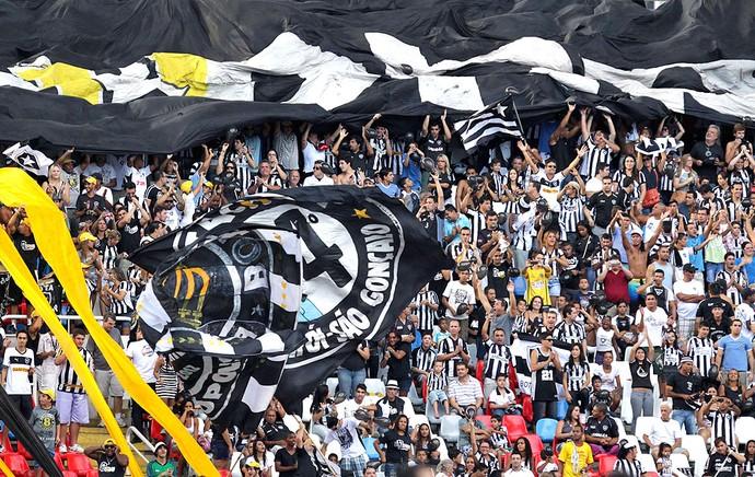 torcida do Botafogo no Engenhão contra o Fluminense (Foto: Sergio Moraes / Reuters)