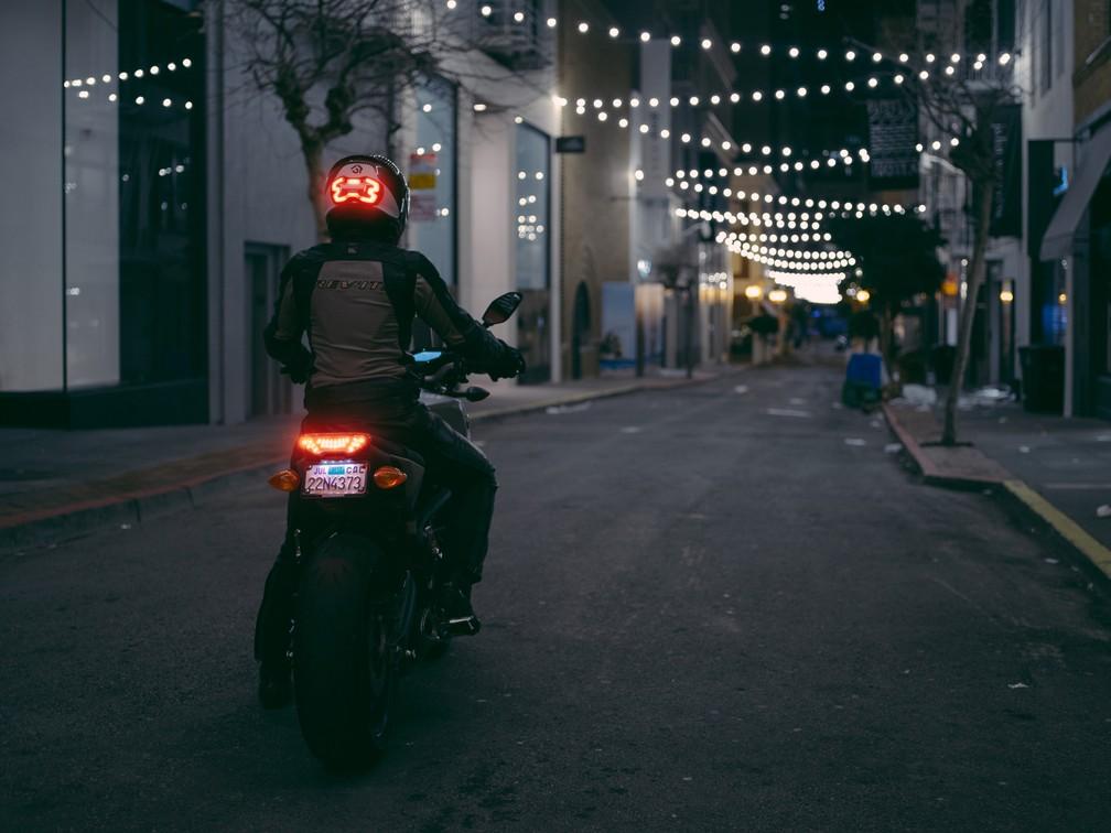 Dispositivo seria capaz de detectar a desaceleração do motociclista (Foto: Divulgação)