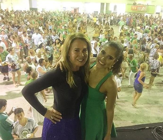 Zilu e Camilla Camargo posam durante ensaio técnico da Imperatriz (Foto: Arquivo Pessoal)