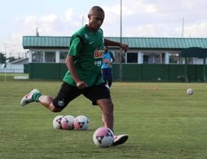Jonas no treino do Coritiba (Foto: Rodrigo Weinhardt / Divulgação Coritiba)