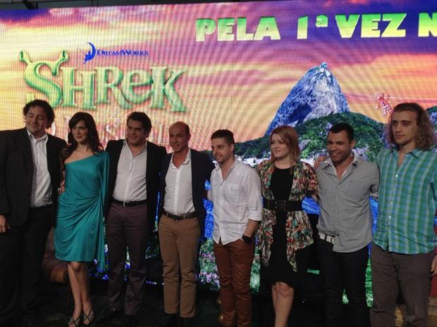 Produção e elenco do musical durante coletiva de imprensa, realizada nesta quarta-feira, em SP (Foto: Lívia Machado/G1)
