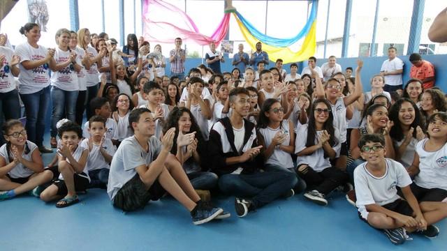 Vencedores do Voto Popular participam do Jornal da Tribuna 1ª edição (Foto: Renata Lins)