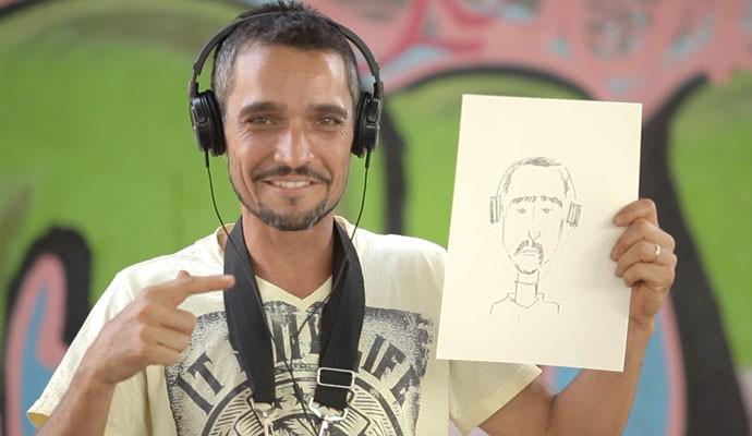 Equipe do Tô Indo ganhou desenhos feitos por Cagerê (Foto: Divulgação | Tô Indo)