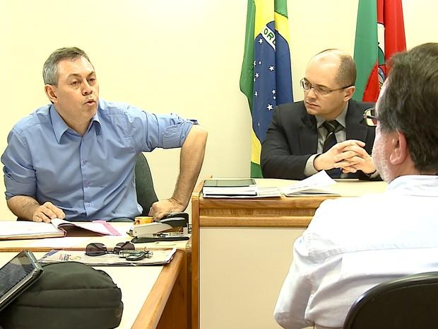Padrasto de Graciele Ugulini prestou depoimento à Justiça (Foto: Reprodução/RBS TV)