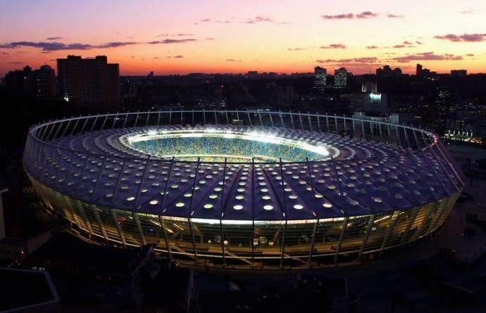 Estádio Olímpico de Kiev será sede da final da Champions (Foto: Twitter)