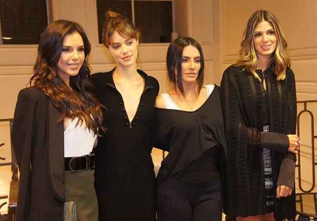 Mariana Rios, Laura Neiva, Cleo Pires e Anna Fasano (Foto: Agnews)