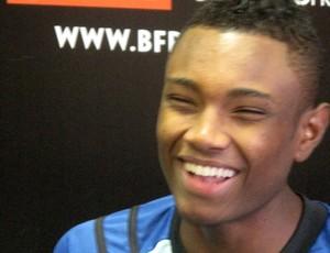 Vitinho, jogador do Botafogo (Foto: Thales Soares/Globoesporte.com)
