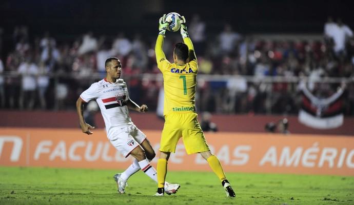 São Paulo, Chapecoense, Morumbi, Danilo, Luis Fabiano (Foto: Marcos Ribolli)