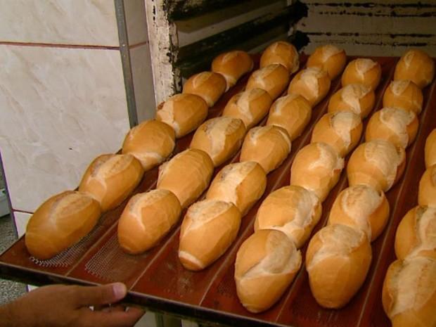 Aumento no valor do trigo eleva em até 8% o preço do pão (Foto: Adriano Ferreira/EPTV)