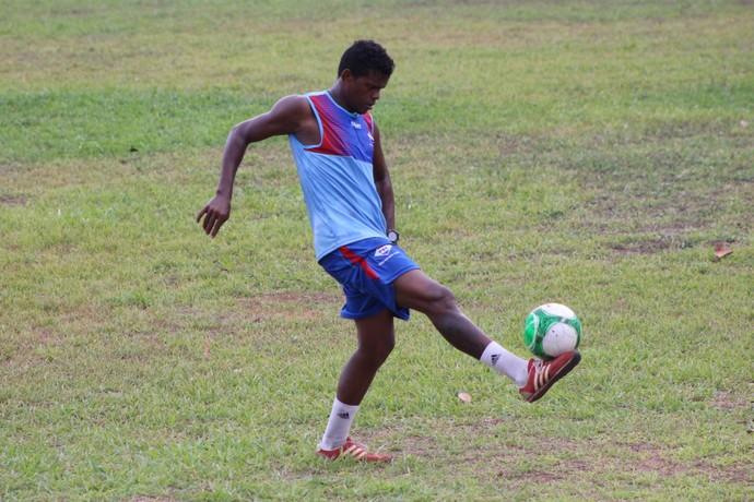 Ricardo Oliveira, atacante do Piauí (Foto: Wenner Tito )