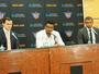 """Leandrinho é apresentado nos Suns  e afirma: """"Será sempre a minha casa"""""""