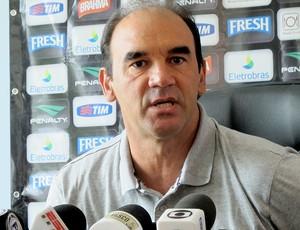 Ricardo Gomes entrevista Vasco (Foto: Gustavo Rotstein / Globoesporte.com)