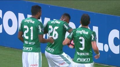 Palmeiras vence em casa e termina fase de grupos da Libertadores como líder