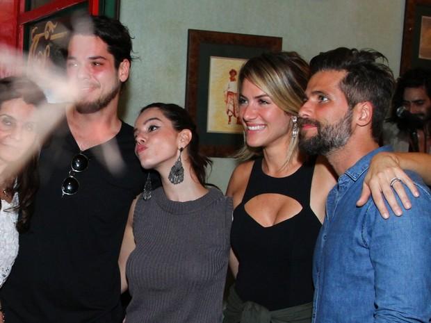 Gian Luca Ewbank, Giovanna Lancellotti, Giovanna Ewbank e Bruno Gagliasso em festa na Zona Oeste do Rio (Foto: Anderson Borde/ Ag. News)