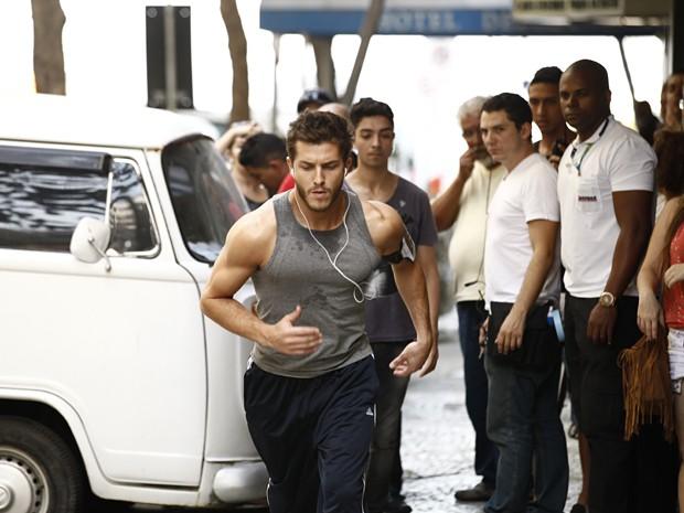 Klebber Toledo é colírio para os olhos (Foto: Inácio Moraes/TV Globo)