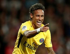 Neymar comemora gol do PSG (Foto: REUTERS/Benoit Tessier)