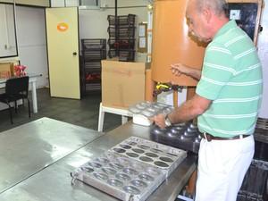 Fábrica produz cerca de 18 mil petiscos por mês em Valinhos, SP (Foto: Arthur Menicucci/G1 Campinas)