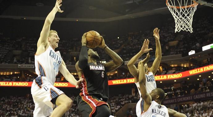Basquete NBA - Miami Heat x Charlotte Bobcats, LeBron James (Foto: EFE)