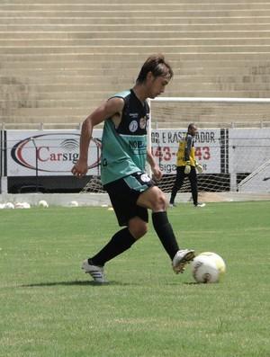 Yuki participa de treino no Comercial (Foto: Gabriel Lopes / Comercial FC)