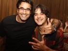 Luciano Szafir curte show de Junior Lima em boate carioca