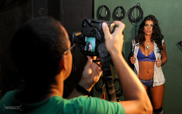Making of Franciele posa para o Paparazzo (Foto: Claudia Dantas / Paparazzo)