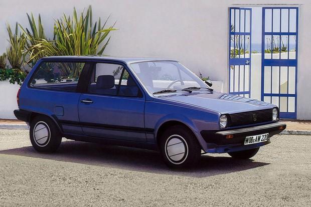 A segunda geração tinha duas opções de carroceria para o hatch (Foto: Divulgação)