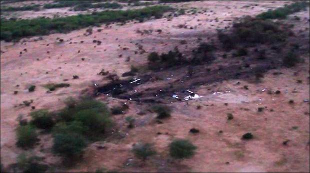 Imagem aérea mostra local da queda do avião da Air Algérie no Mali (Foto: ECPAD/AP)