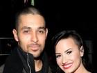 Demi Lovato termina namoro de seis anos: 'Difícil para nós dois'