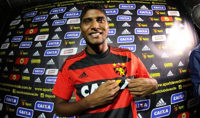 Luiz Carlos Ruiz Sport (Foto: Marlon Costa/ Pernambuco Press)